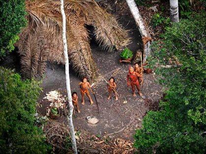 size_590_tribo-indigena-peru