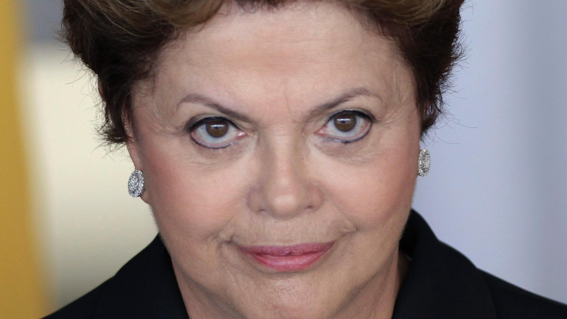 Dilma reeleita por 3,5 mi de votos